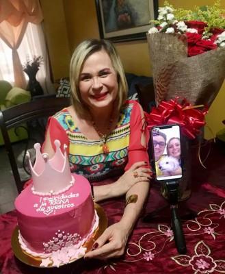 Patricia Arias de cumpleaños