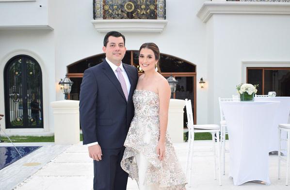 Un entorno romántico fue el enlace civil de Andrea Interiano Discua y Gustavo Roberlo Mestayer. Feliz aniversario