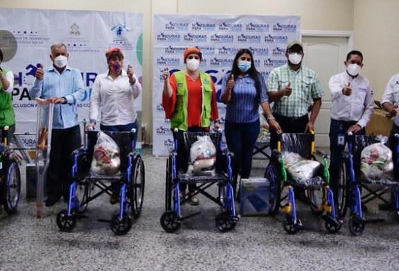 Gobierno reactiva programas sociales y entrega beneficios a familias de Santa María y Chinacla
