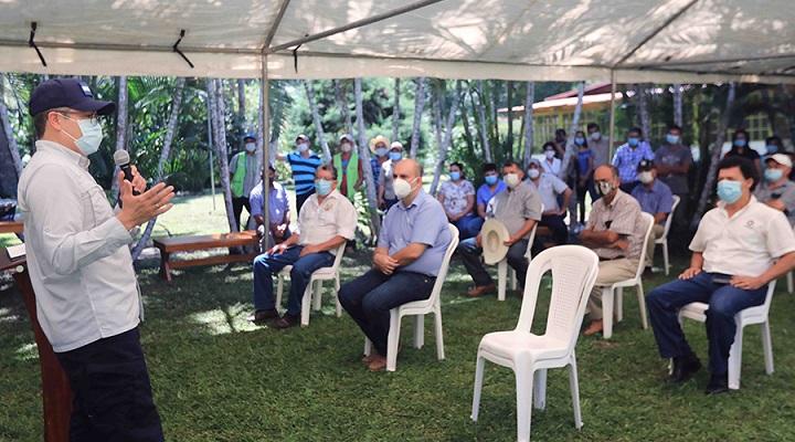 Hernández hace nuevo llamado a instituciones financieras a dar su aporte al plan de rescate de Mipymes y el turismo