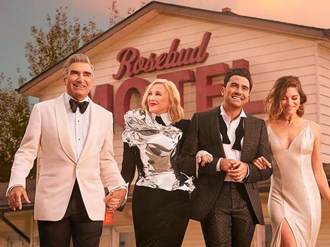 """La serie canadiense """"Schitt's Creek"""" se corona como mejor comedia en los Emmy"""