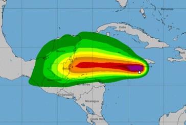 """Islas de la Bahía en Alerta Amarilla por tormenta Tropical """"Nana"""""""