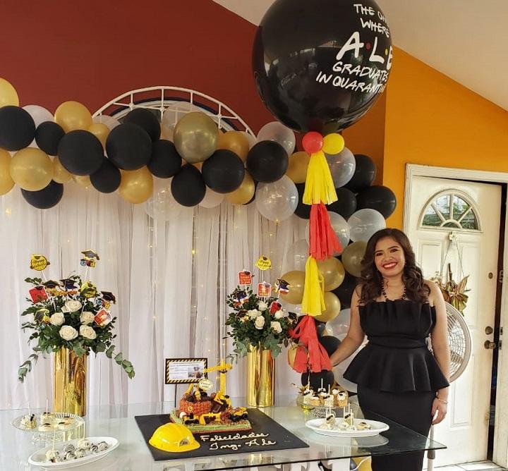 Festejo de graduación en honor a Alexandra Gabrielle Santos