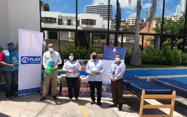 Grupo Jaremar realiza importante entrega de 67 camas para contribuir con la atencion de niñez hondureña