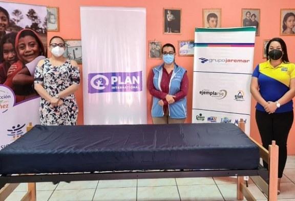 Grupo Jaremar realiza importante entrega de 67 camas para contribuir con la atención de niñez hondureña