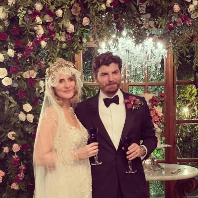 Bellísima lucieron la Beba y Cristian el día de su boda ¡Muchas felicidades!