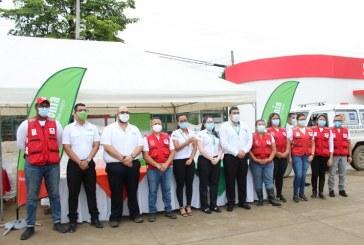 Supermercados La Colonia entrega 62,000 libras de víveres a familias afectadas por Eta e Iota en el municipio de La Lima