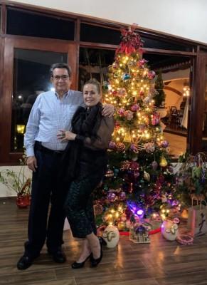 Samuel y Lia Castro de Bográn