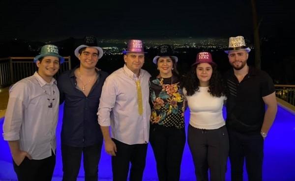 Farid y Joselyn Kattum recibieron el nuevo año en familia