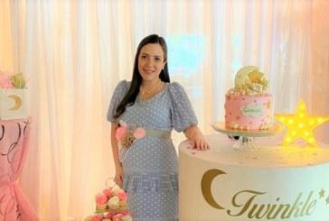 """Twinkle twinkle little star"": Tierno baby shower para darle la bienvenida a Camila Marianne"