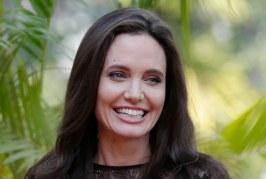 Angelina Jolie deja que el director Taylor Sheridan la lleve al infierno
