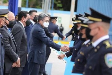 Presidente Hernández participa en celebración del Día del Policía Hondureño