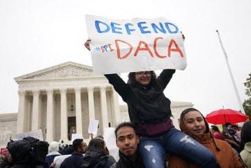 Juez de EEUU declara ilegal el programa DACA que daba beneficios a inmigrantes y suspende nuevas solicitudes