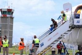 Llega grupo de familias hondureñas deportadas desde Estados Unidos
