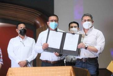 Gobierno y Ahprocafé firman acuerdo por 762 millones de lempiras para impulsar rubro cafetalero