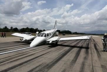 Aeronave con fallas en su tren delantero aterriza de emergencia en aeropuerto sampedrano