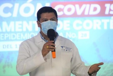 Advierte Roberto Cosenza: la población no debe relajar las medidas de bioseguridad por la vacuna