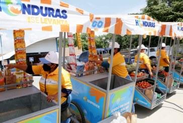 Emprendedores del departamento Cortés reciben carritos para impulsar sus negocios