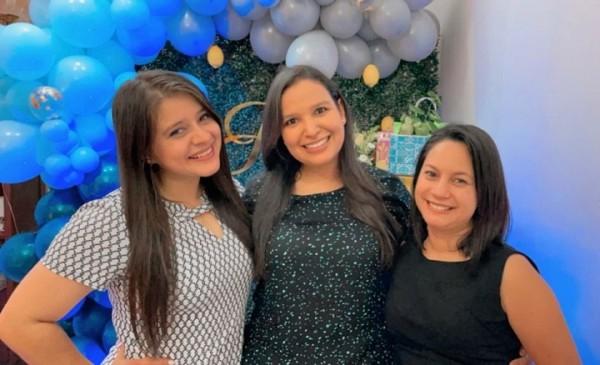 Candy Pineda.Scarleth Mena y Arleth Fernández