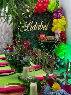 Anturios para Lidabel en su cumpleaños