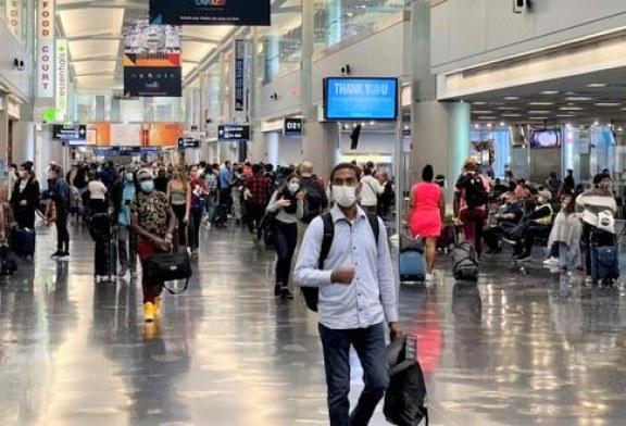 EE.UU. exigirá la vacuna anti COVID-19 a los visitantes extranjeros que ingresen al país