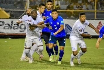 En un partido con pocas emociones, El Salvador y Honduras empatan a cero