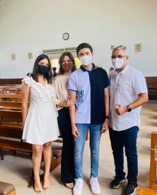 Generación 2022 de la SERAN school participan en Misa de Acción de Gracias