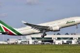 Alitalia, la compañía aérea más grande de Italia realizó su último vuelo tras declararse en quiebra
