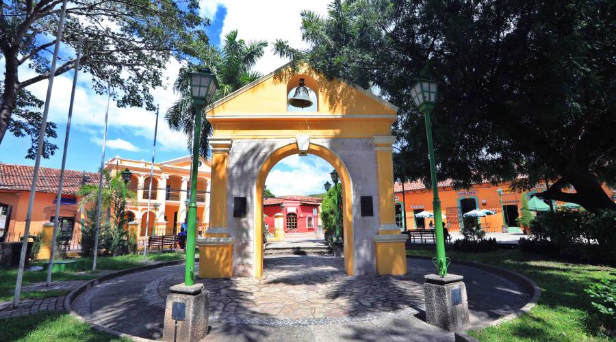 Con sus atractivos coloniales, Comayagua es uno de los sitios predilectos de los turistas
