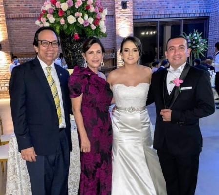 la boda de Óscar Cruz y Andrea Villela